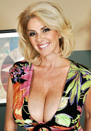 hot cougars spain escort