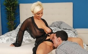 Horny German gets her pussy licked on the toilet